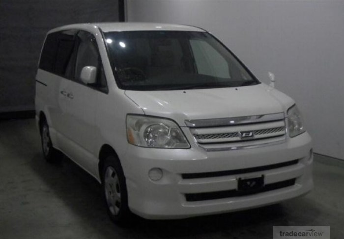 2007 Toyota Noah AZR60G Excellent Condition